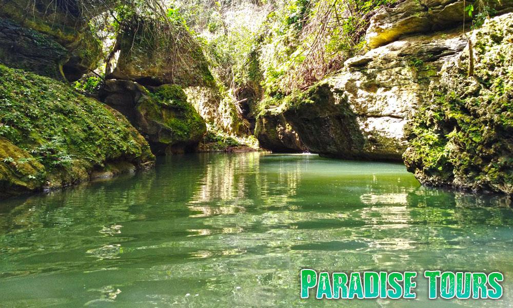 cave-tour-puerto-rico-2